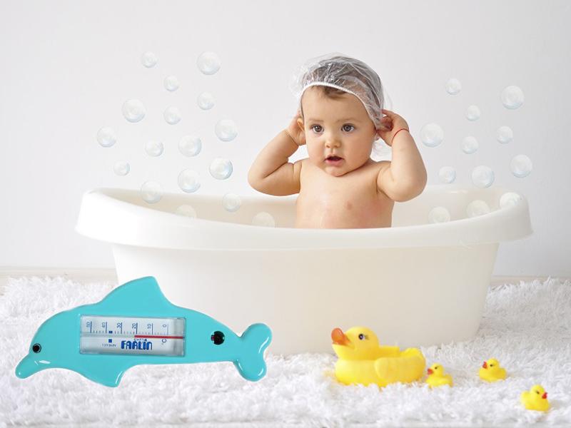 Nhiệt độ từ 37 độ C đến 38 độ C sẽ đảm bảo cho bé luôn cảm thấy ấm áp và dễ chịu, tránh những bệnh như cảm lạnh, ốm vặt,...