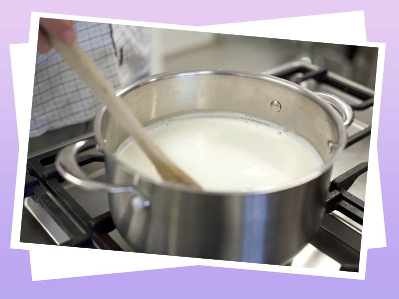 Đun sữa tới 80 độ C
