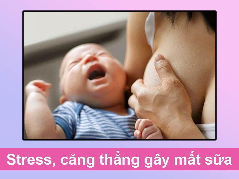 Mẹ stress, căng thẳng gây mất sữa